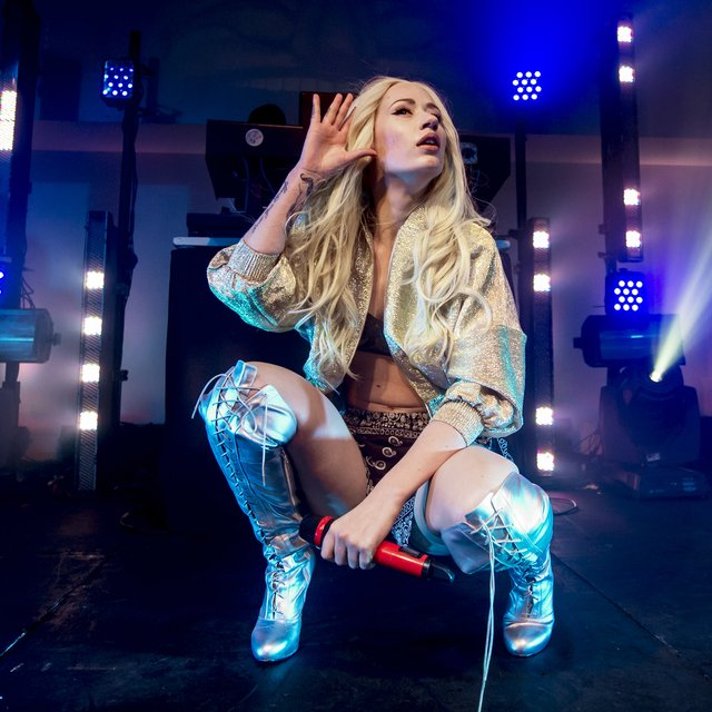 Iggy Azalea Launches N...