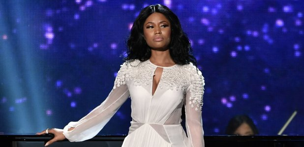 Nicki Minaj on stage American Music Awards 2014