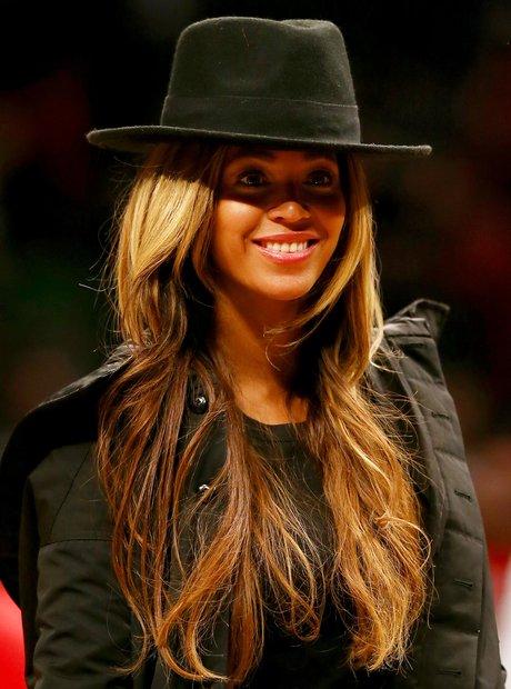 Beyoncé in hat