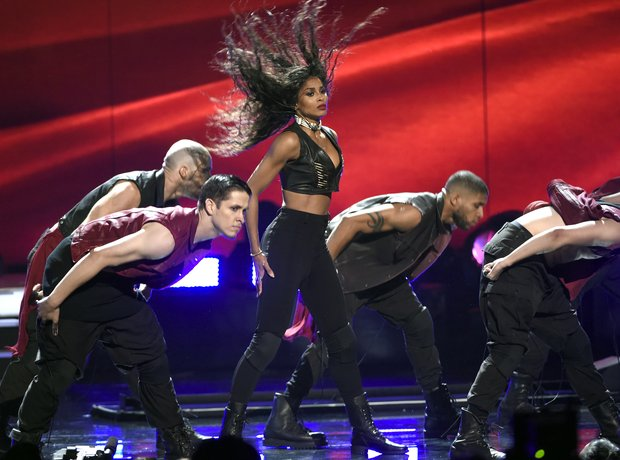 Ciara BET Awards 2015 performance