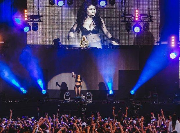 Nicki MInaj Wireless Festival 2015