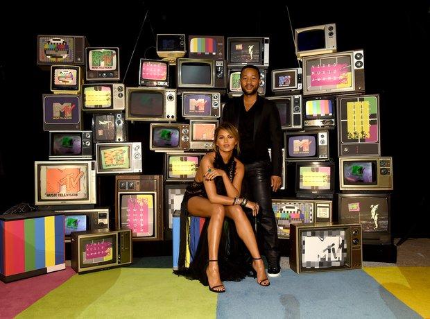 John Legend and Chrissy Teigen MTV VMAs 2015