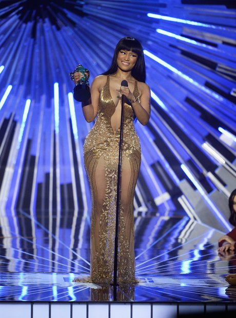 Nicki Minaj wins Best Hip Hop Video at the MTV VMA