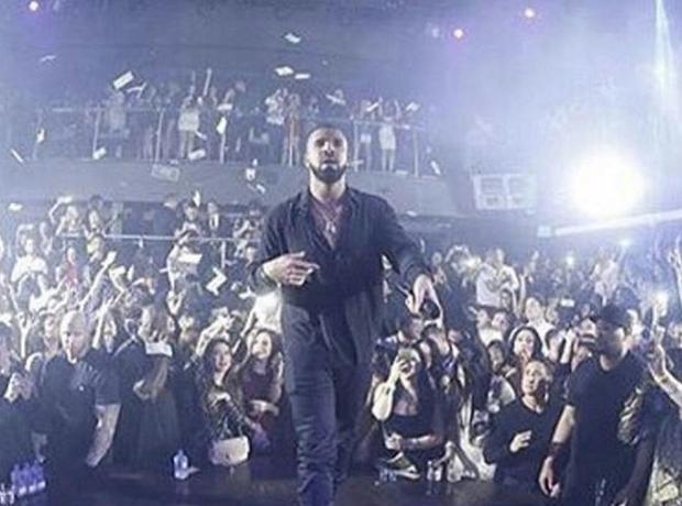 Drake  NYE 2015