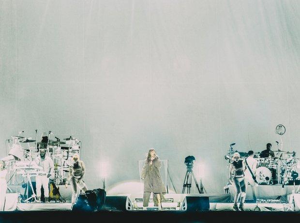 Rihanna on stage at V Festival 2016