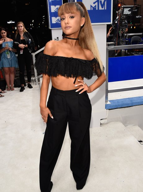 Ariana Grande MTV VMAs Red Carpet Arrivals 2016