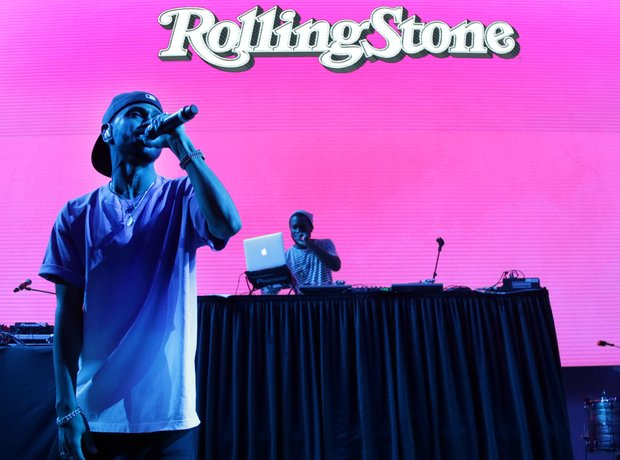 Big Sean performing at a Rolling Stone party after